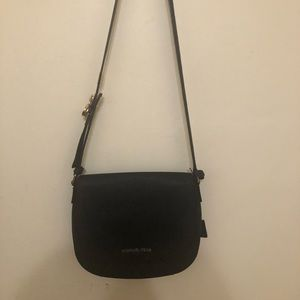 Michael Kors crossbody bag in great condition
